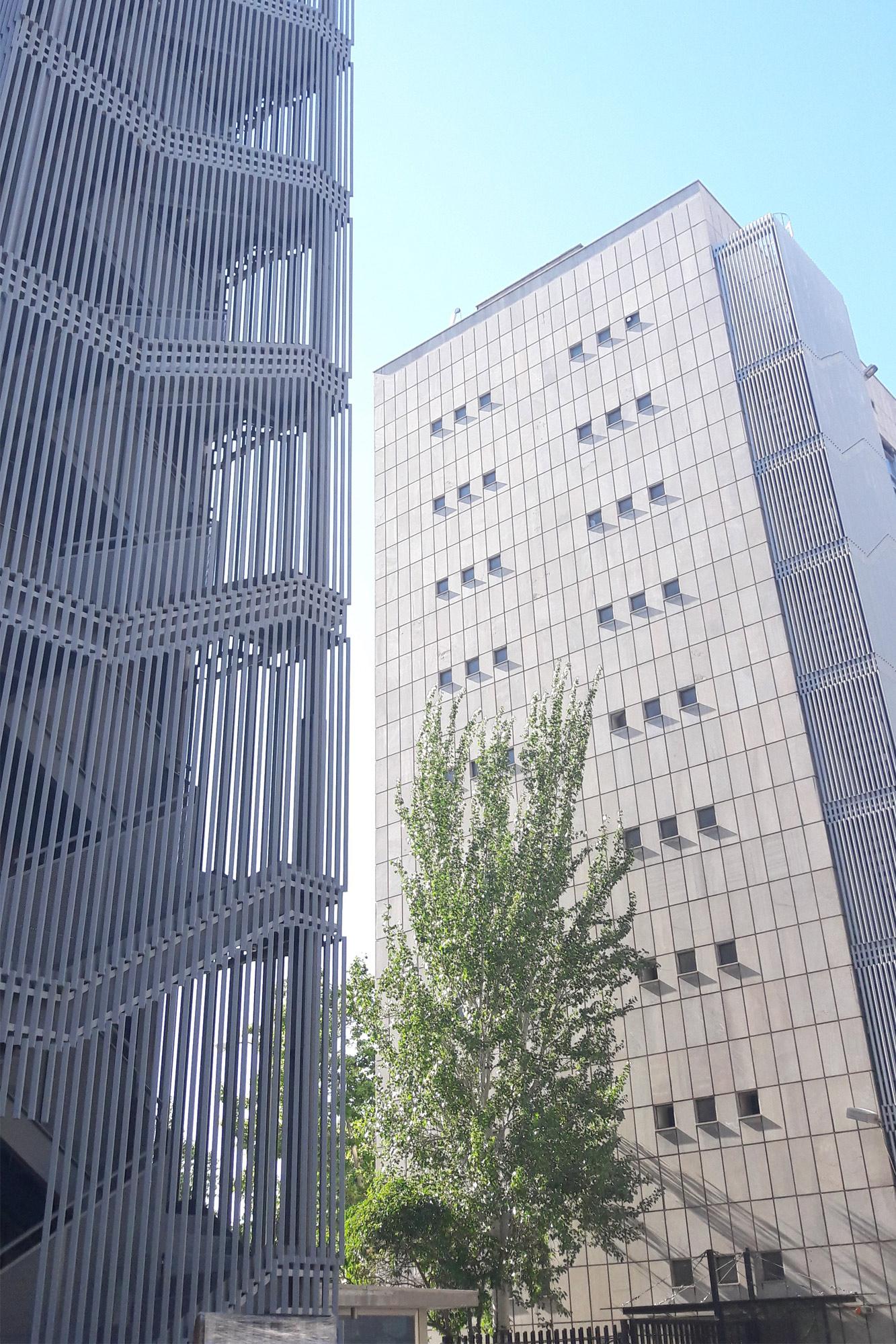 Edificio de oficinas sepides madrid aecoestudio partners - Oficinas real madrid ...